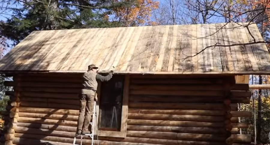 ONE MAN TIME LAPSE CABIN BUILD IS EPIC (VIDEO)