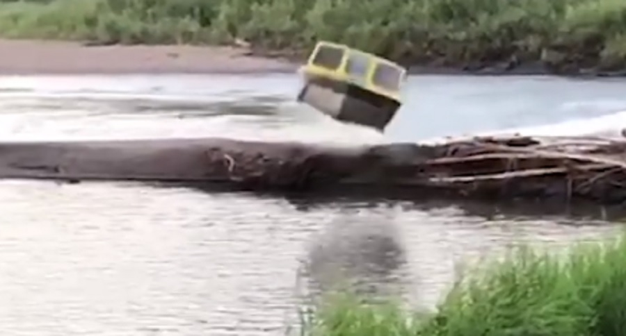 TOO MUCH FUN WITH JET BOATS? NEVER! (VIDEO)