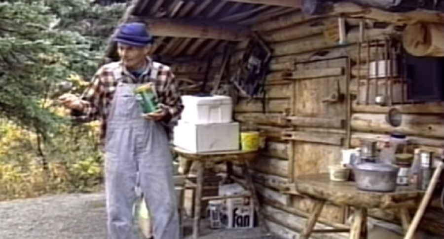 LEGEND OF THE ALASKAN WILDS: DICK PROENNEKE