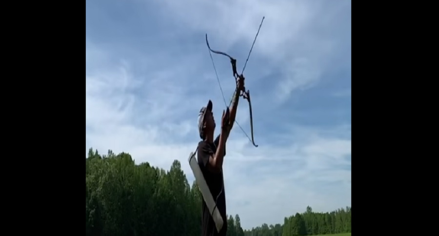 ARCHERY TRICK SHOTS YOU HAVE TO SEE