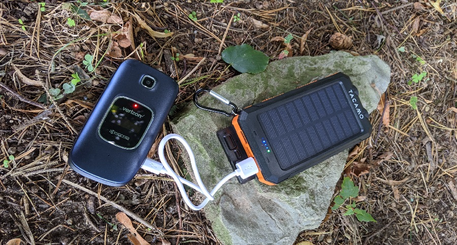 REVIEW: TACAMO SOLAR POWER BANK/PORTABLE PHONE CHARGER
