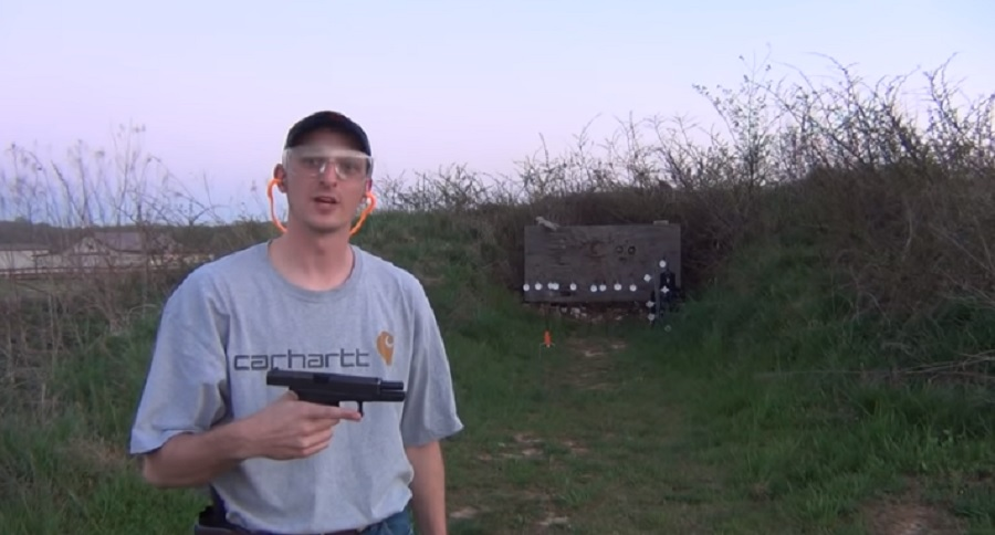 FLASHBACK: YOUNG 22PLINKSTER IMITATES HICKOK45 (VIDEO)