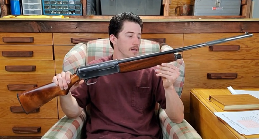 """CLOSE LOOK OF THE WINCHESTER 1911 """"WIDOWMAKER"""""""