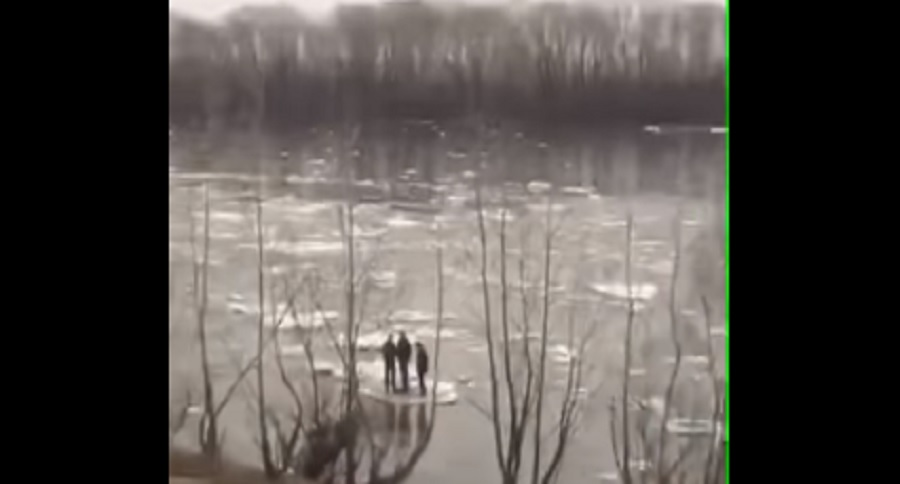 TAKE A RIDE ON A RIVER ICE BREAK UP (VIDEO)