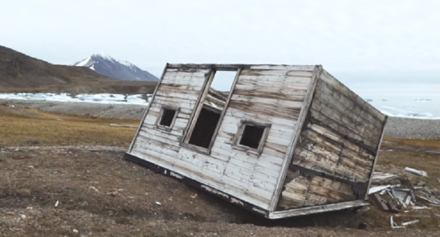 THIS ABANDONED ARCTIC GHOST TOWN IS TRUE SOLITUDE (VIDEO)